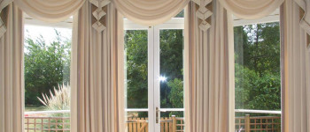 See also Pelmets, Swags & Curtain Tails